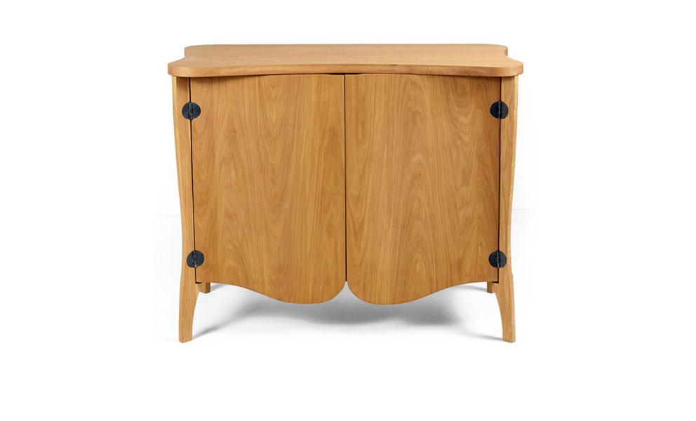 Talon Slot Cabinet